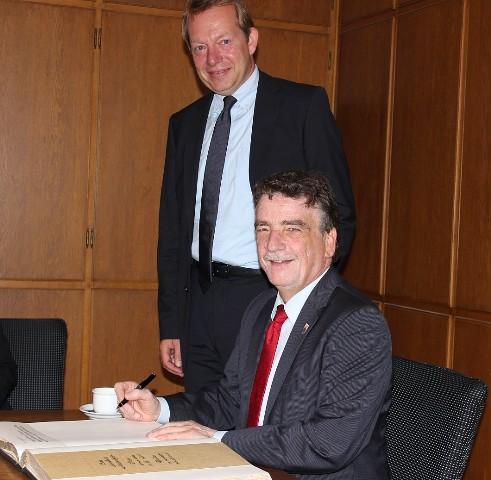 Bild: Minister Groschek in Siegen