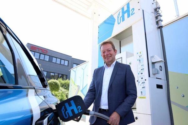 Bild: Erste Wasserstoff-Tankstelle der Region in Siegen eröffnet