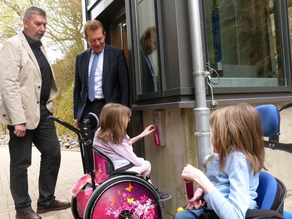 Bild: Gesamtschule Eiserfeld hat neuen, barrierefreien Aufzug
