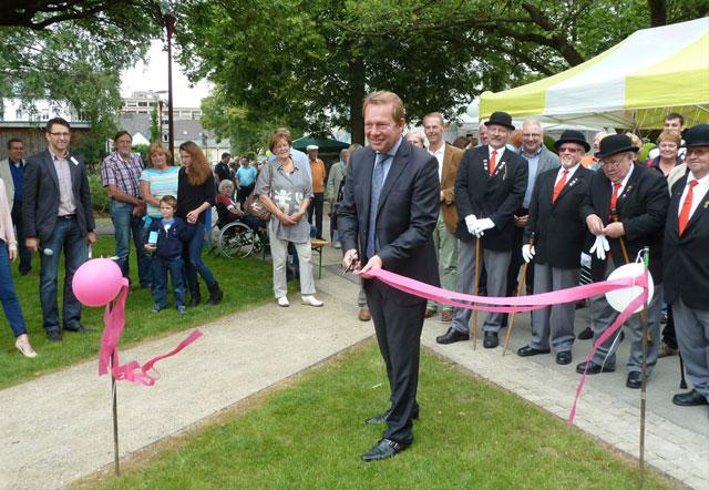 Bild: Neue Parkanlage mitten in Geisweid eingeweiht: