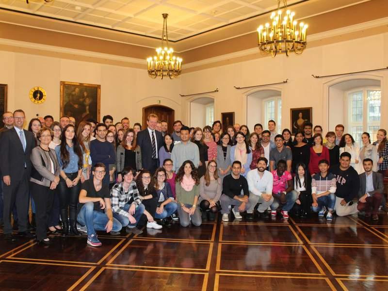 Bild: Mehr als 90 Studierende aus aller Welt in Siegen