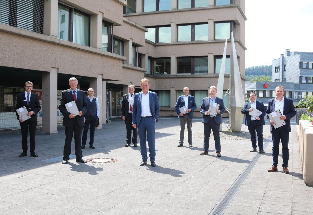 Bild: Stadt Siegen und Kita-Träger unterzeichnen Verträge